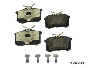 Power Stop - Power Stop Ceramic Rear Brake pads (B4)