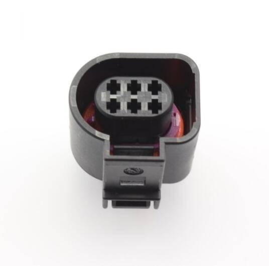 OEM VW - 6-pin Connector